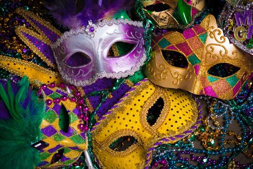 make-a-festive-mardi-gras-mask